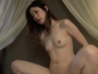 Japanese MILF beauty Misaki Fujiyama coitus time