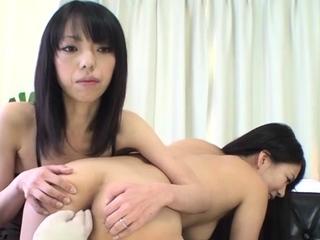 Astounding eastern Saya Fujimoto enjoys a wet session